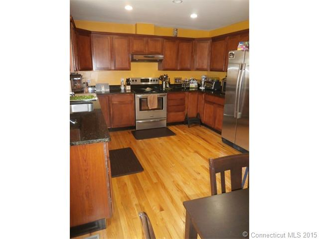 Rental Homes for Rent, ListingId:34360130, location: 797 W Main St Meriden 06451