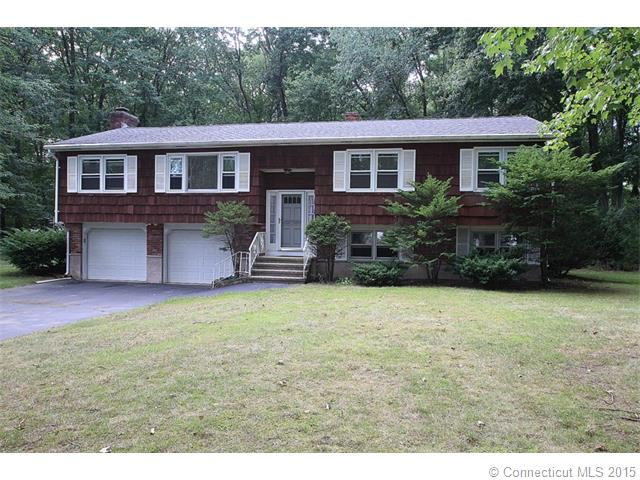 18 Grove Rd, North Haven, CT 06473