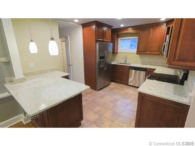 Rental Homes for Rent, ListingId:35472718, location: 5726 Main St Trumbull 06611