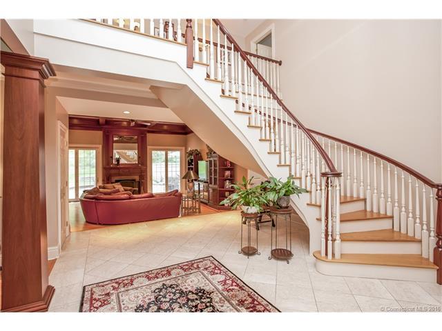 Real Estate for Sale, ListingId: 36658574, Guilford,CT06437