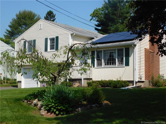Photo of 25 Maxwell Dr  Southington  CT