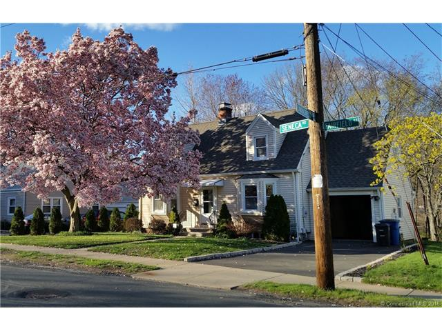 Rental Homes for Rent, ListingId:37022121, location: 154 Seneca Rd New Haven 06515