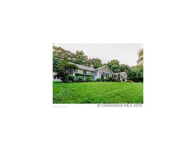 15 Cedar Grove Ter, Essex, CT 06426
