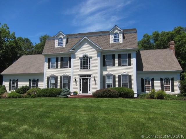 Photo of 81 Leighton Trl  Guilford  CT