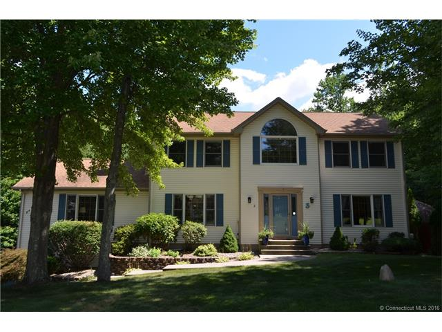 3 Forest Ridge Rd, Prospect, CT 06712