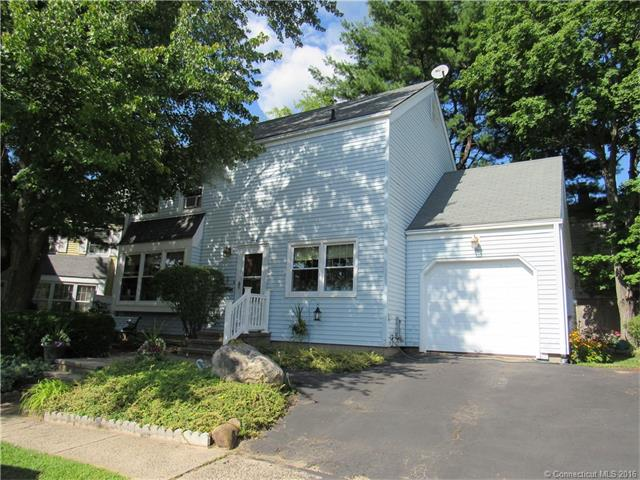 Photo of 20 Greenwich Ct  Middletown  CT