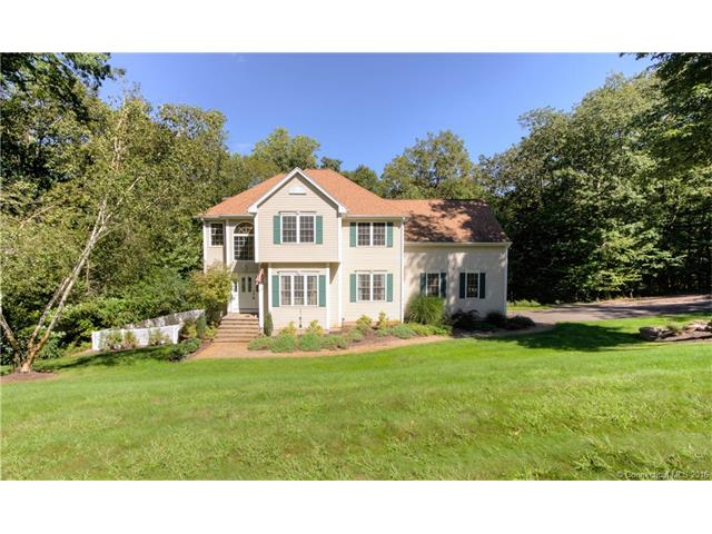37 Nursery Ln, Madison, CT 06443