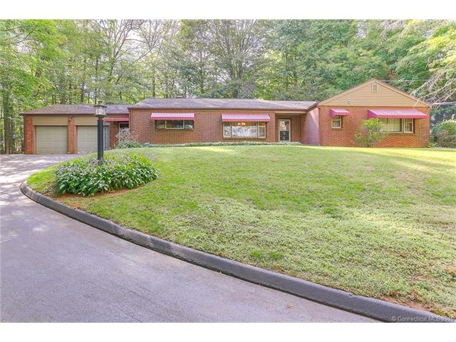 40 Woodland Dr, Northford, CT 06472