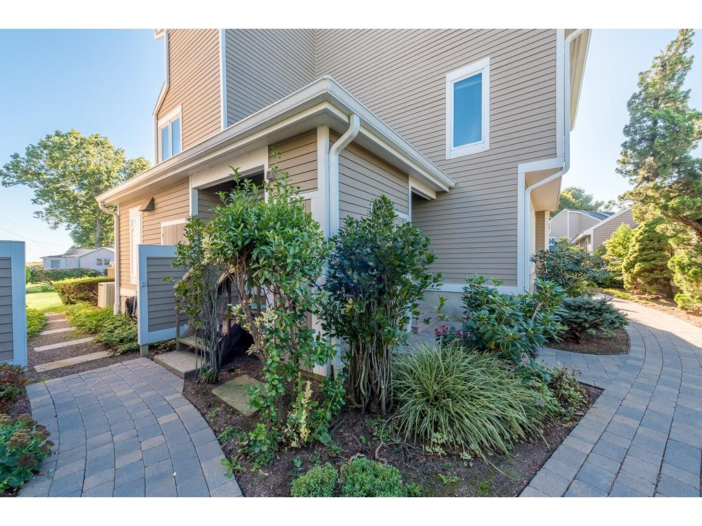 Photo of 80 Seaview Terrace  Guilford  CT