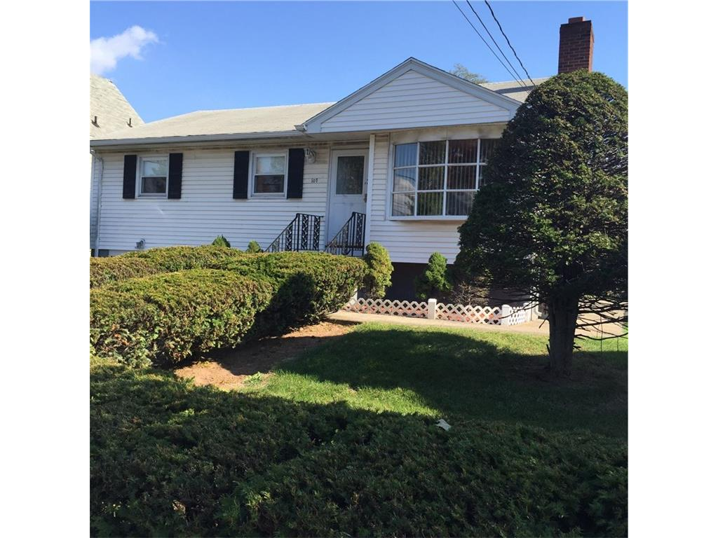 Photo of 107 High Street  East Haven  CT