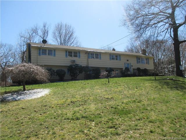 Photo of 11 Colonial Dr  North Haven  CT