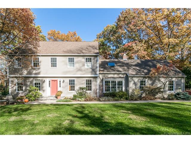 40 Thankful Stow Rd, Guilford, CT 06437