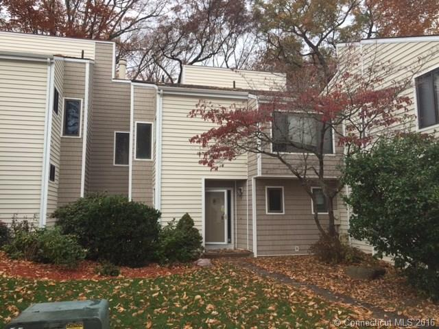 Photo of 2 Currier Ct  Cheshire  CT