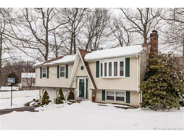 Raised Ranch, Single Family - E Haven, CT (photo 1)