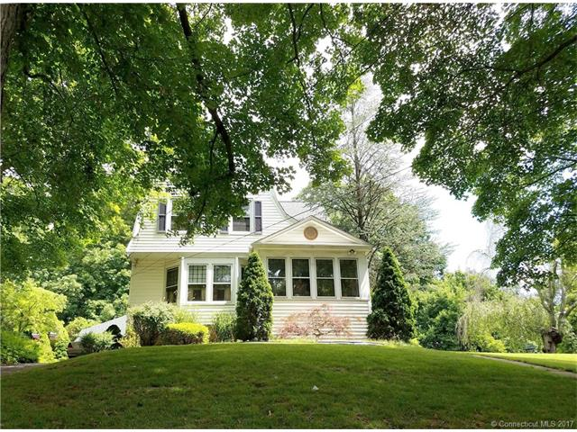 Photo of 82 West St  Seymour  CT