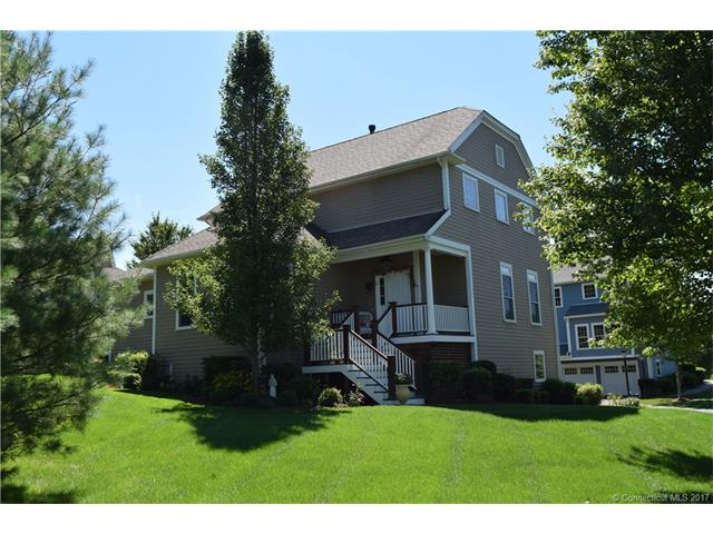 Photo of 114 Periwinkle Dr  Middlebury  CT