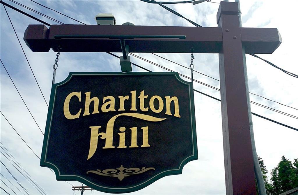 Photo of 92 Charlton Hill Rd  Hamden  CT