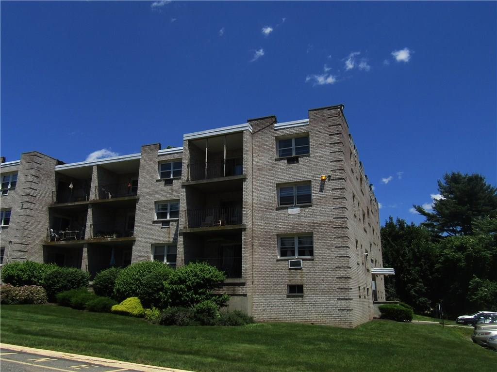 Photo of 300 Meadowside Road  Milford  CT