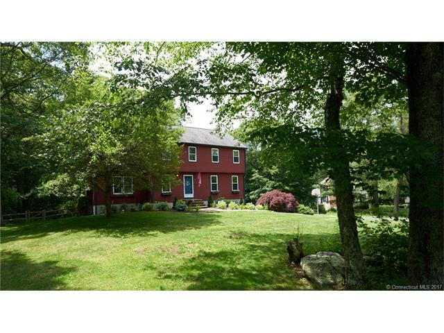 Photo of 63 Olde Orchard Rd  Clinton  CT