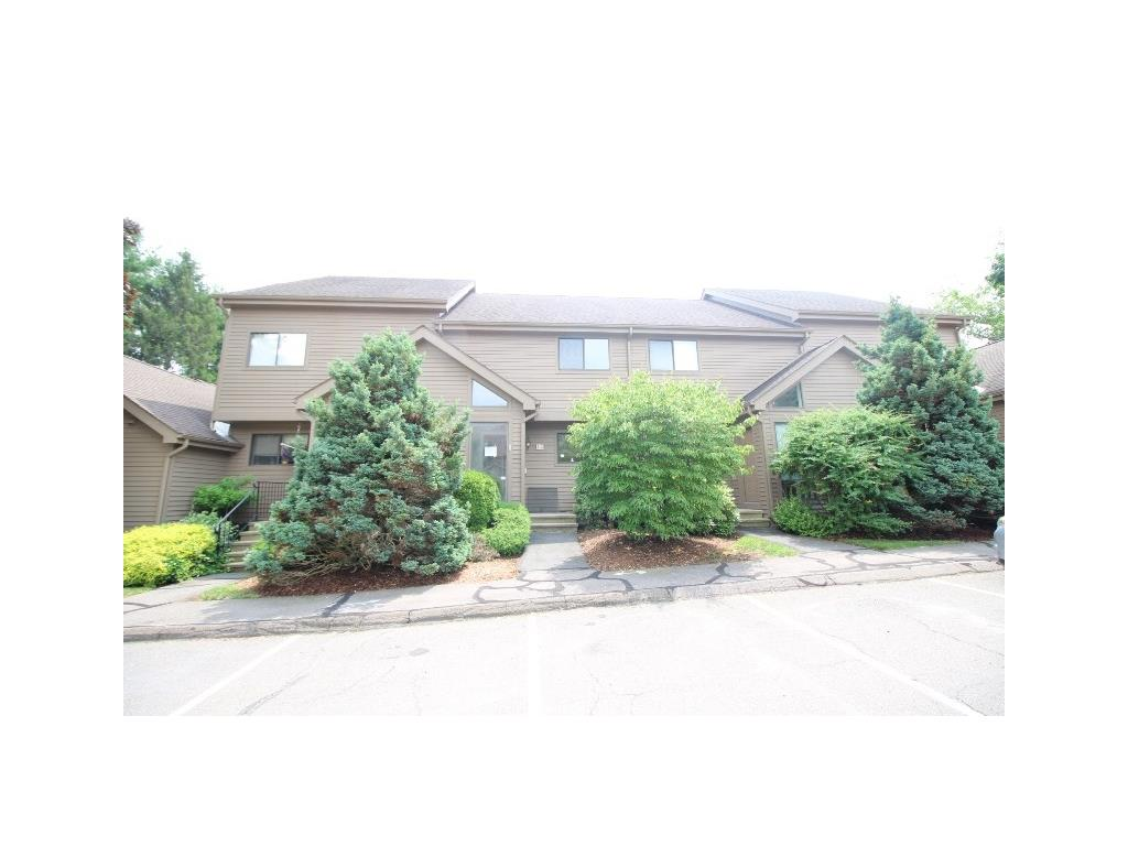 Photo of 3 Canterbury Court  Middletown  CT