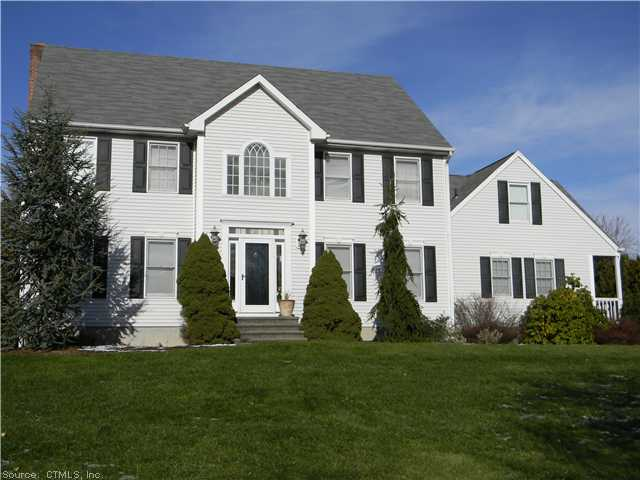 Real Estate for Sale, ListingId: 21936337, North Haven, CT  06473