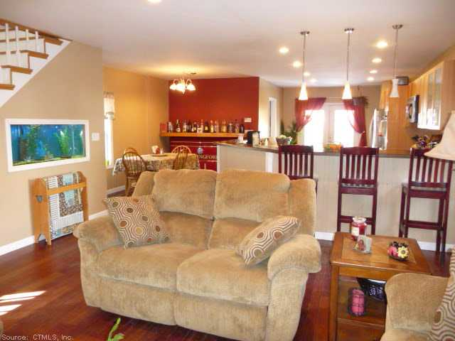 Just Listed: 9 East St, Wallingford CT 06492