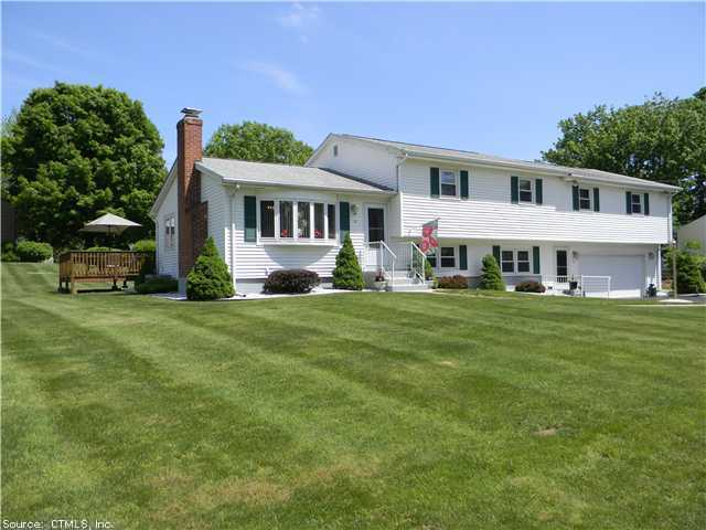Real Estate for Sale, ListingId: 22637940, Hamden, CT  06518