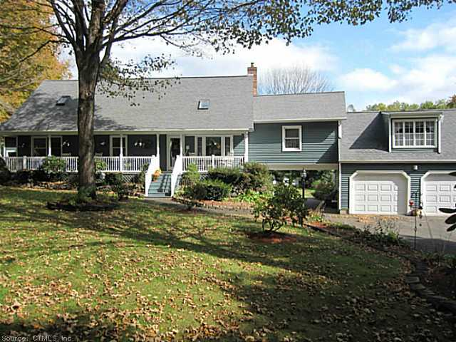 872 Clintonville Rd, Wallingford, CT 06492
