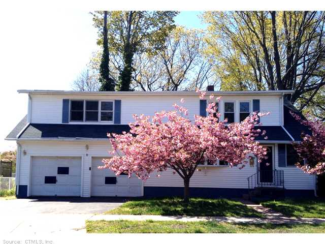 70 Prospect Rd, East Haven, CT 06512