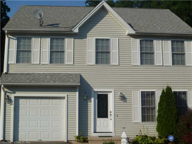 38 Angela Dr, Wallingford, CT 06492