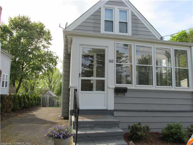 100 Long Hill Rd, Wallingford, CT 06492