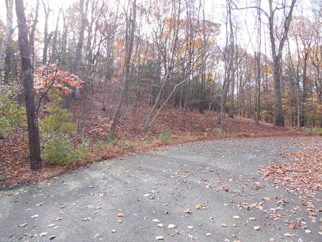 Real Estate for Sale, ListingId: 25863478, Woodbridge, CT  06525