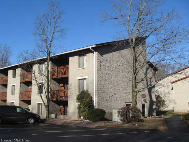 Real Estate for Sale, ListingId: 26495811, Manchester, CT  06040