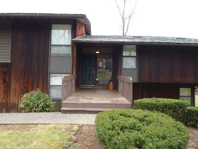 Rental Homes for Rent, ListingId:26542509, location: 5 COUNTRY SQUIRE DR Cromwell 06416