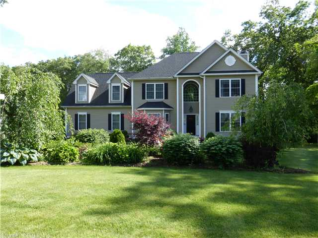 Real Estate for Sale, ListingId: 27426022, Wallingford, CT  06492