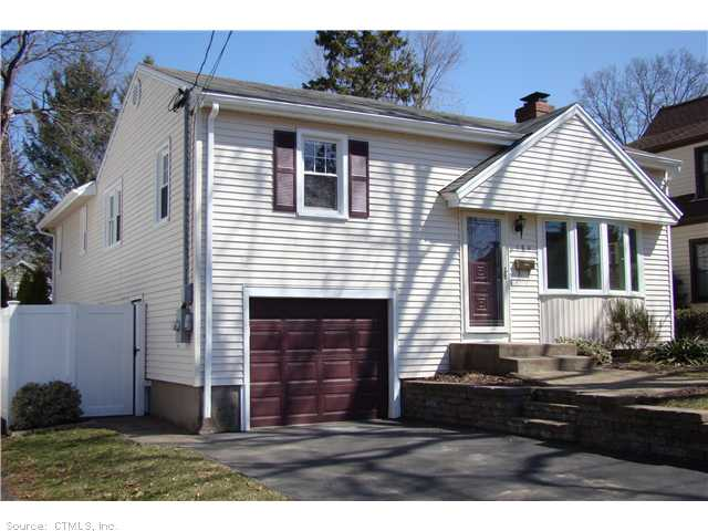 Real Estate for Sale, ListingId: 27512586, Hamden, CT  06517