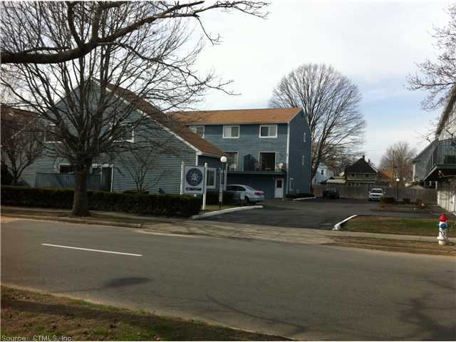 Rental Homes for Rent, ListingId:27688510, location: 269 CAPTAIN THOMAS BLVD W Haven 06516