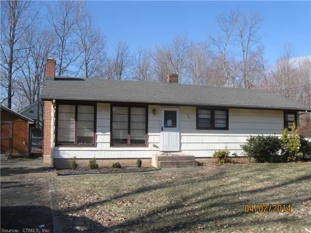 8 Rosemary Ln, Middlefield, CT 06455