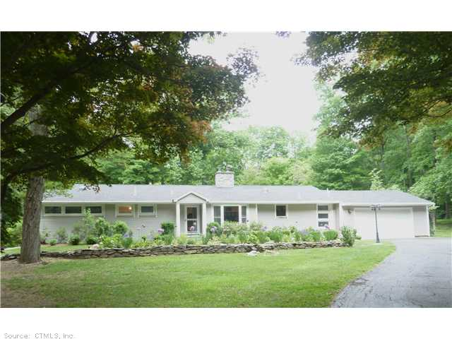 Real Estate for Sale, ListingId: 28450073, Woodbridge, CT  06525