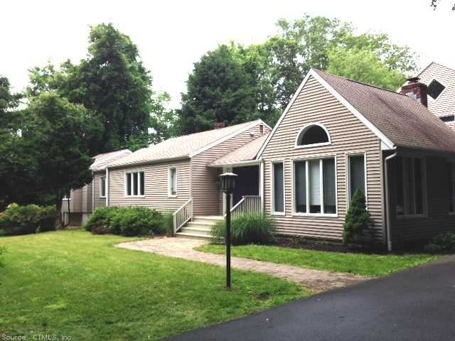 Real Estate for Sale, ListingId: 28646266, Woodbridge, CT  06525