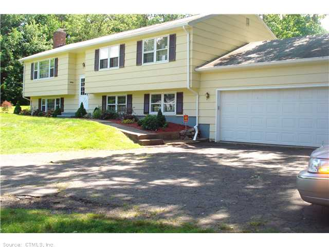 Real Estate for Sale, ListingId: 28944460, North Haven, CT  06473