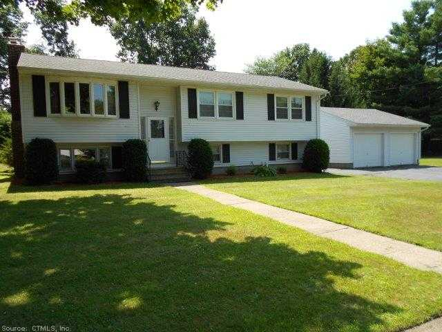 1 Brownstone Rd, Wallingford, CT 06492