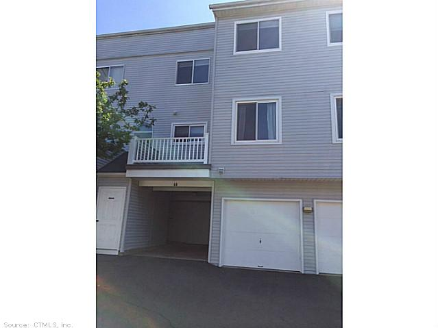Rental Homes for Rent, ListingId:29559183, location: 68 STAFFORDSHIRE COMMONS DR Wallingford 06492
