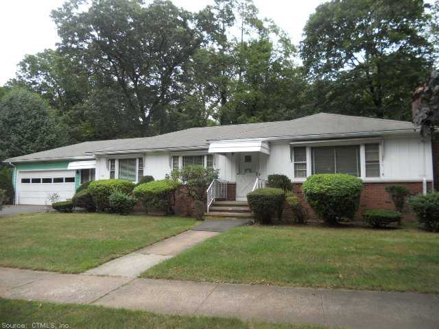 Real Estate for Sale, ListingId: 29886336, Hamden,CT06517
