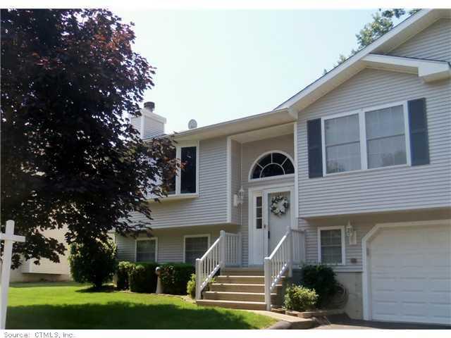 Real Estate for Sale, ListingId: 29988924, W Haven,CT06516
