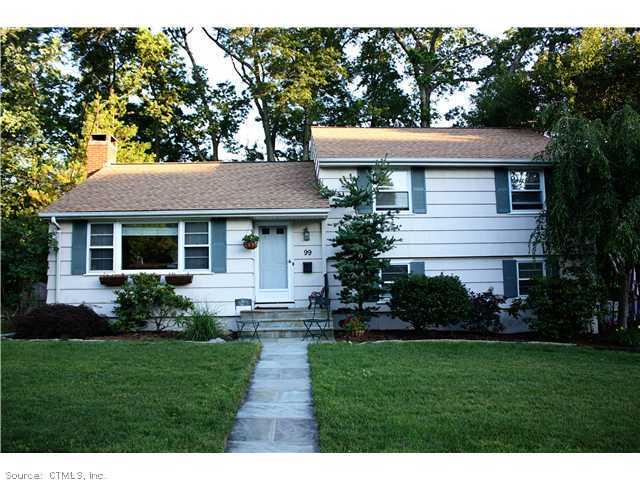 Real Estate for Sale, ListingId: 30117804, Hamden,CT06517