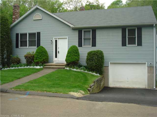 Rental Homes for Rent, ListingId:30315091, location: 19 VALLEY VIEW CT Hamden 06518