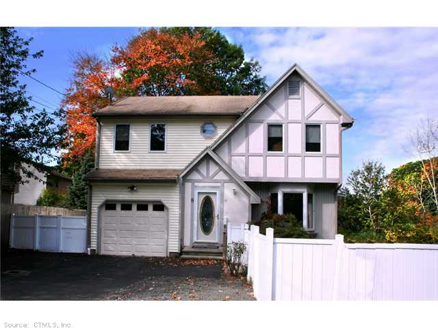 Rental Homes for Rent, ListingId:30880277, location: 8 Pepes Farm Rd Milford 06460