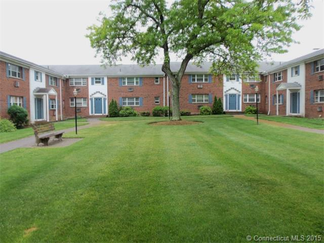 Rental Homes for Rent, ListingId:33625545, location: 4 Colonial Drive Rocky Hill 06067
