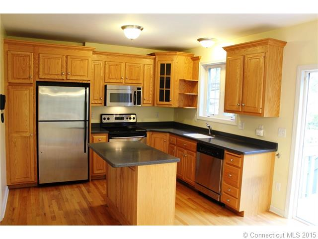Rental Homes for Rent, ListingId:35598913, location: 32 Songbird Lane Farmington 06032